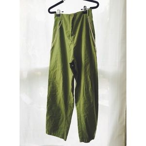 green high waisted cotton pants